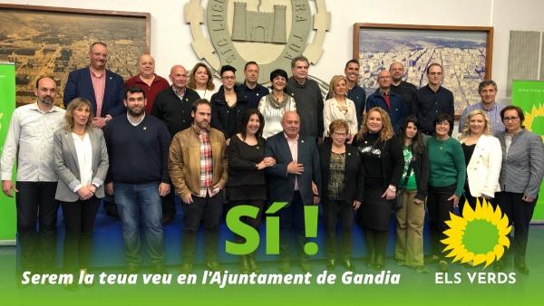 Els Verds de Gandia omplen el saló de conferències de Foment en la presentació de la seua candidatura municipal
